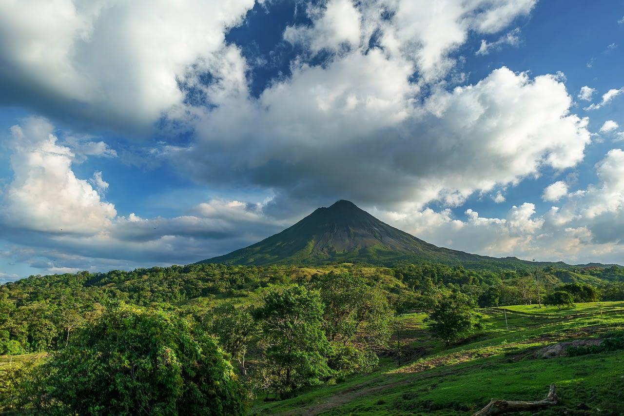volcano 2355772 1280
